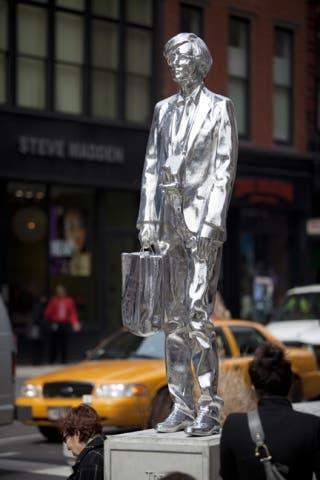 The Andy Monument, obra de Rob Pruitt (2011)