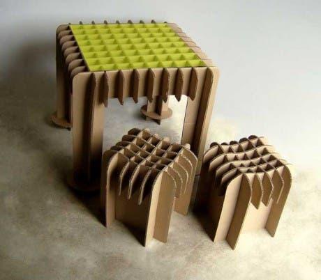 Mobiliario de cartón: alternativa económica y resistente