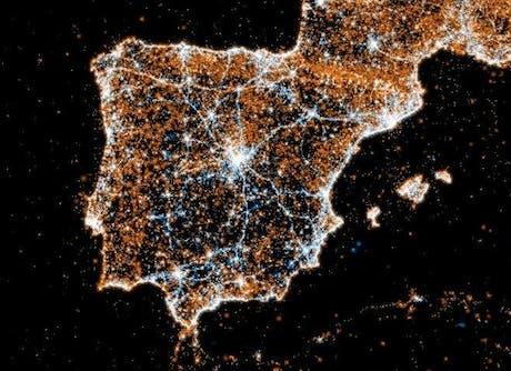 Mapas nocturnos del tráfico de Twitter y Flickr