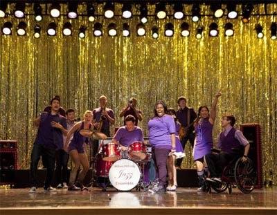 Glee, chicos en el escenario tercera temporada