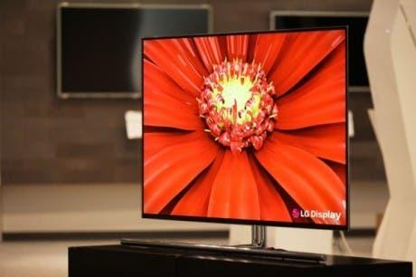 Fotografía de uno de los televisores OLED de gran formato de LG