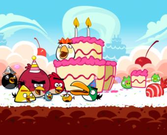 Angry Birds Happy Birdday