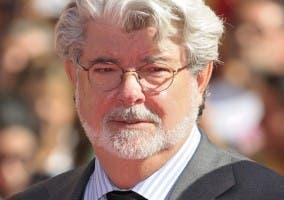 Imagen que muestra un primer plano del director de cine George Lucas