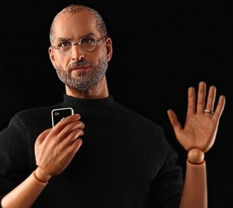 Fotografía de un muñeco inspirado en Steve Jobs