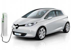 Fotografía de un coche eléctrico Renault ZOE en plena recarga