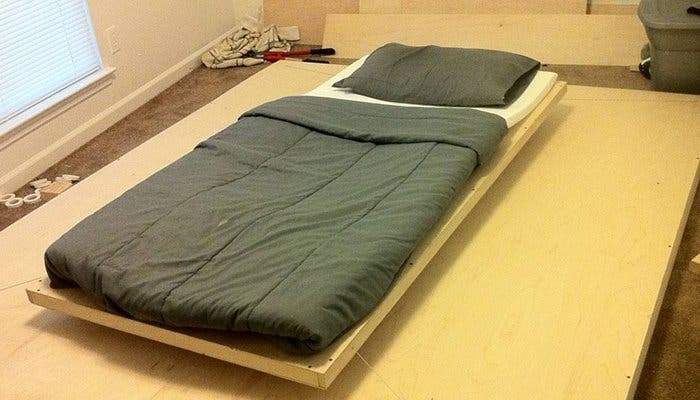 Fotografía de la cama flotante magnética