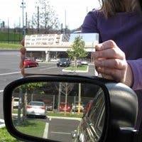 Fotografía del nuevo espejo retrovisor sin ángulos muertos.