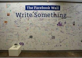 Muro Donde Los Empleados Escriben Mensajes