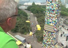 Fotografía de la torre de LEGO más alta del mundo
