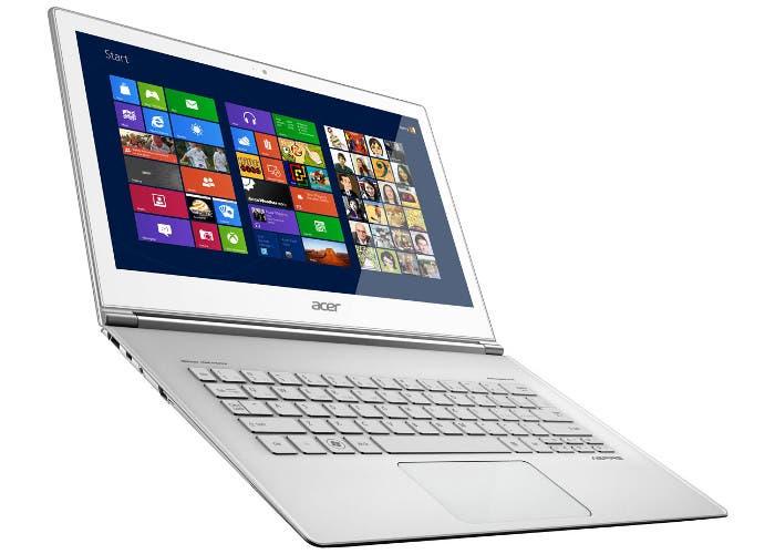 Fotografía del portátil con pantalla táctil Acer Aspire S7
