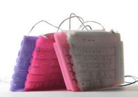 Bolso hecho a base de un teclado creado por Cocco Drive
