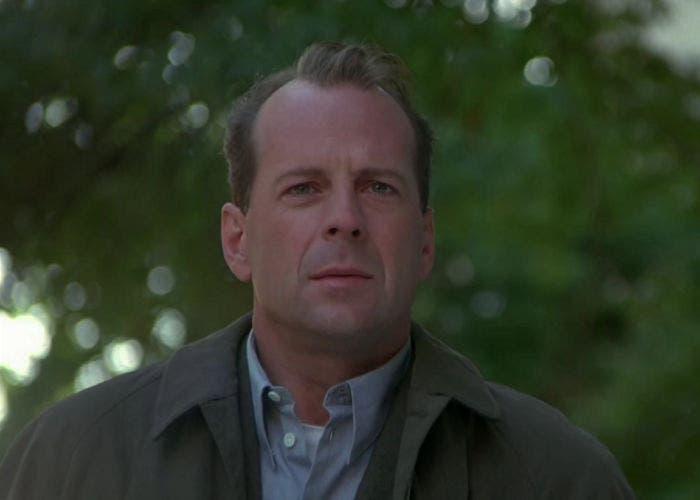 """Fotograma de Bruce Willis en """"El Sexto Sentido"""""""
