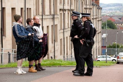 Ken Loach Faldas escocesas