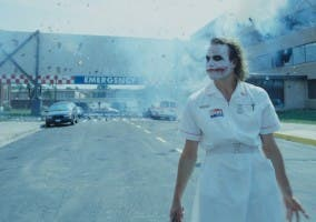 Escena del Joker explosionando un hospital