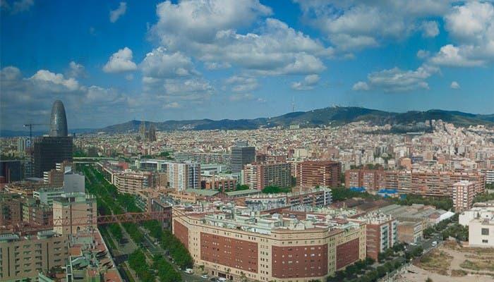 Vista de Barcelona desde Avenida Diagonal