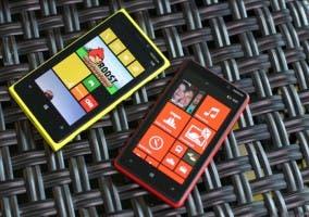 Imagen de los Nokia Lumia 920 y 820