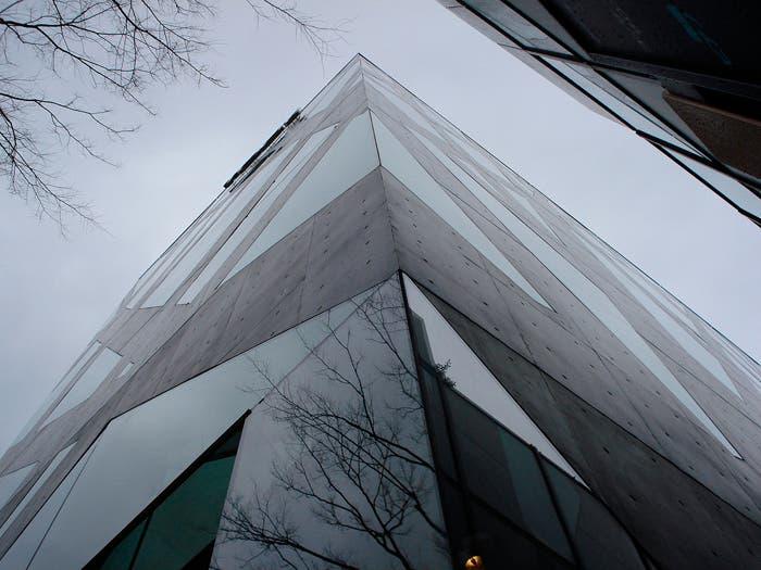 Edificio TODS Toyo Ito en Tokio 2004