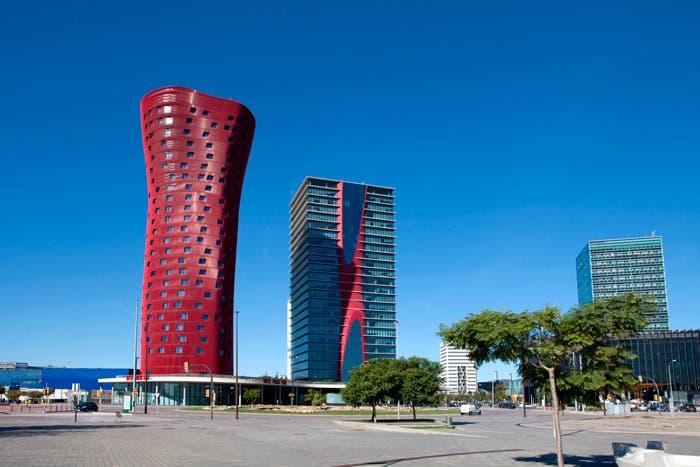 Torres en Porta Fira la obra más representativa de Toyo Ito en España