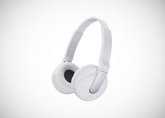 Sony presenta DR-BTN 200 unos auriculares inalámbricos con NFC