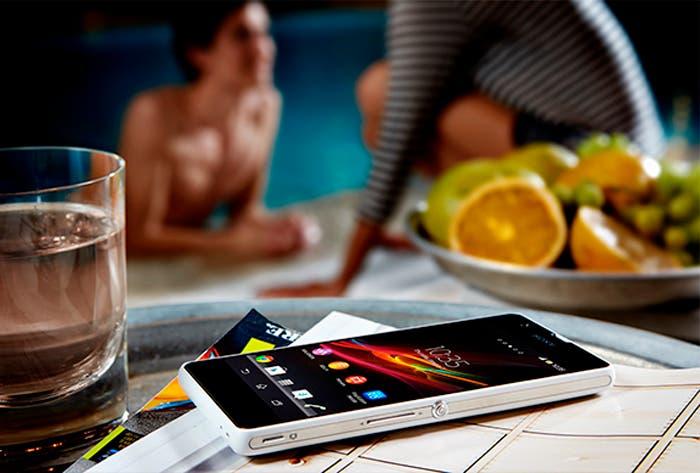 Sony Xperia ZR situacion