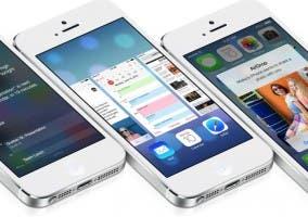 Imagen de tres iPhone.