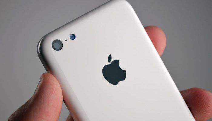 Imagen trasera del iPhone 5C