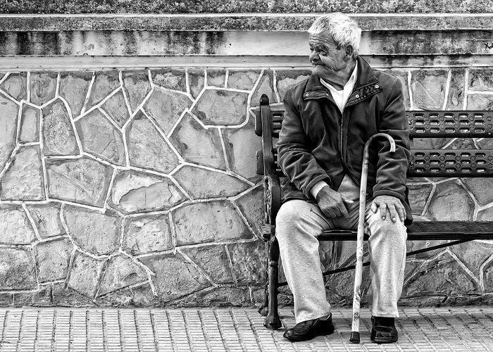 Fotografía de un anciano