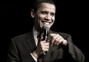 Imagen de Barack Obama con gesto burlesco