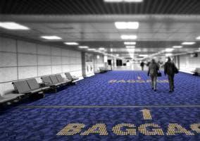 Ejemplo de indicaciones en aeropuerto
