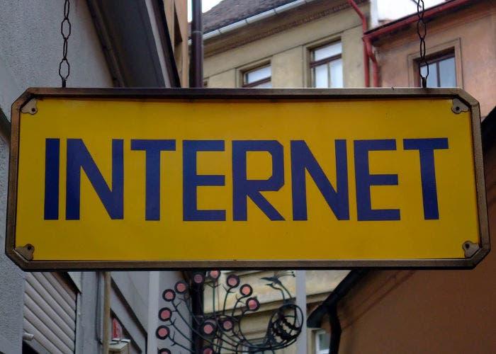 Cartel de Internet