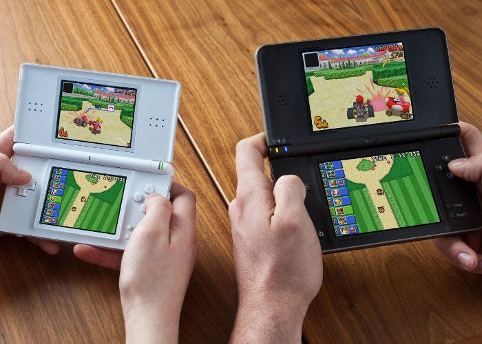 Imagen de la Nintendo DSi y la Nintendo DSi XL