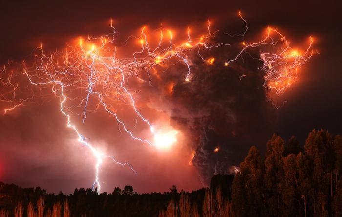 Relámpagos rojos en Chile