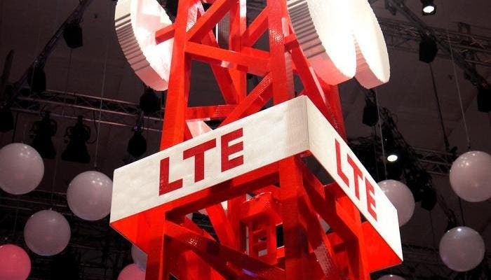 Red LTE-Advanced