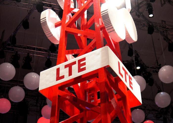 Red LTE-Advanced