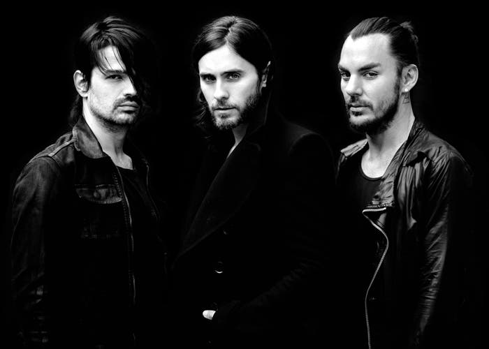 Jared Leto con su banda Thirty Seconds to Mars