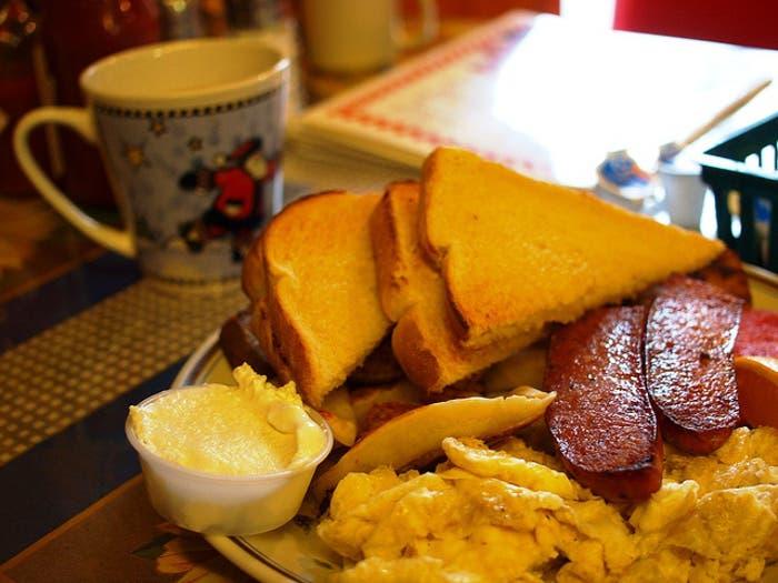 Típico desayuno canadiense