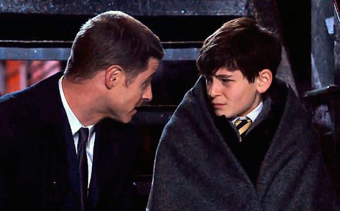 Gordon y Bruce Wayne