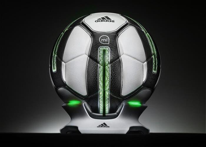 adidas-mi-smart-soccer-ball-01
