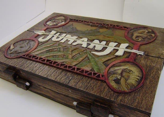 una artista fabrica una r plica del juego de jumanji