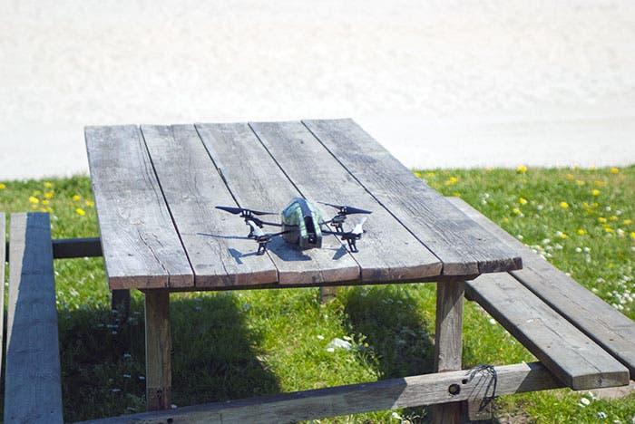 AR.Drone 2.0: análisis del drone de Parrot que se puede controlar desde tu smartphone