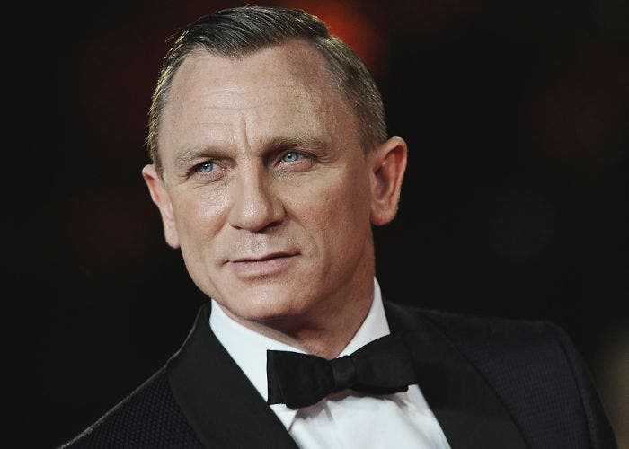 Daniel Craig en traje