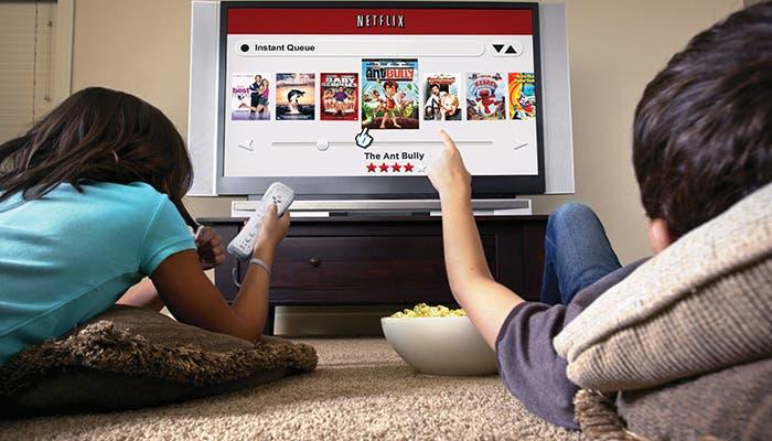 Niños viendo Netflix