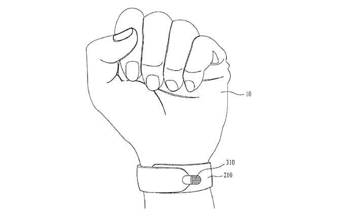 LG smartwatch con boligrafo