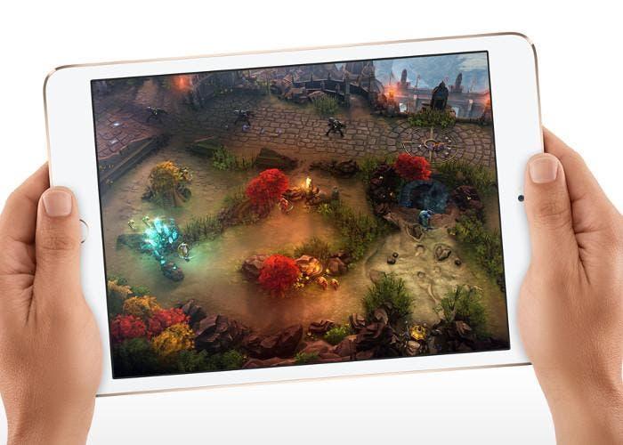 iPad mini con un juego