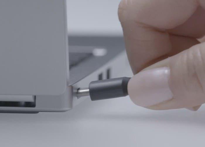 Entrada USB Type-C de un ordenador