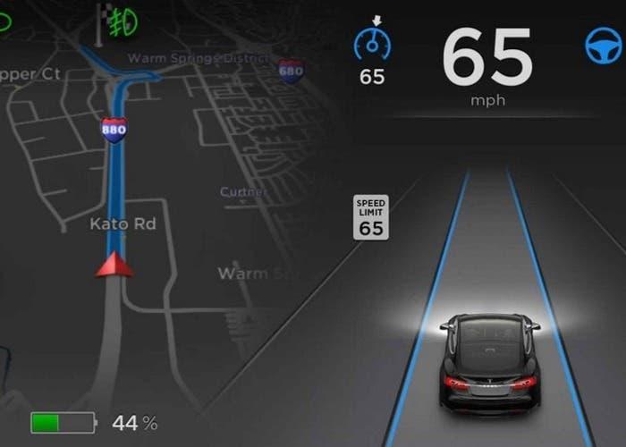 Tesla Model S conducción automática
