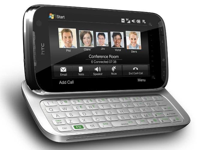 Smartphone HTC con teclado físico