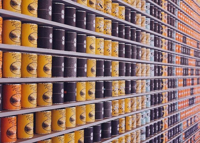 packaging supermercado latas comida