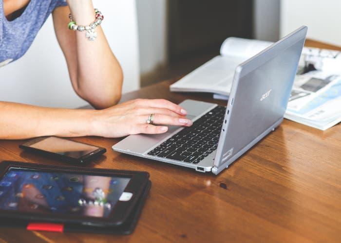 portátil, tablet y smartphone