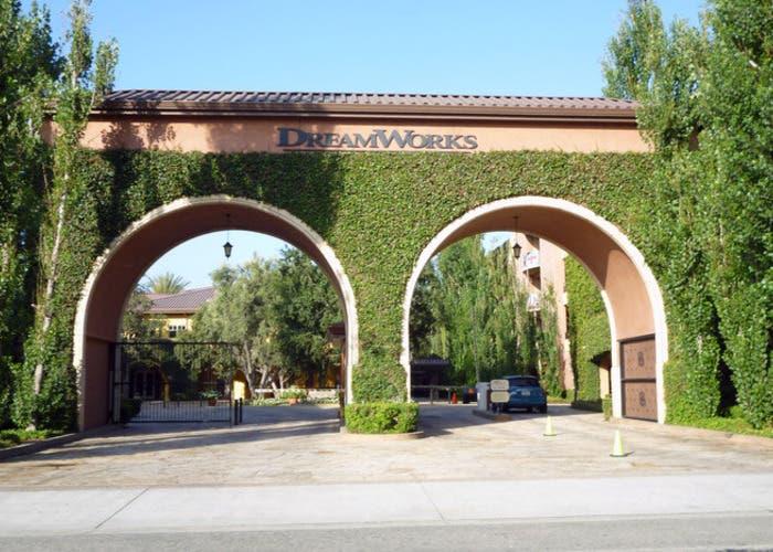 Comcast comprar DreamWorks 3000 millones
